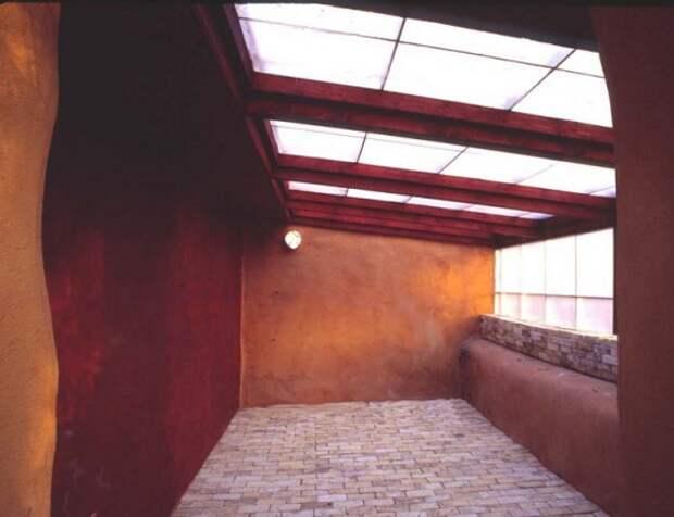 Органическое земледелие, пермакультура: подземная теплица из глины