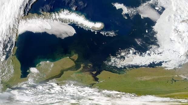 Карское море наступает на Евразию со скоростью 2 метра в год и разрушает берег