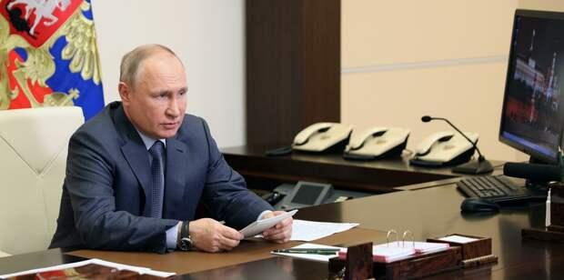 Путин: Украину медленно превращают в «антипод» России