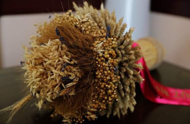 Крымские аграрии намолотили свыше 1 млн тонн зерновых и зернобобовых культур