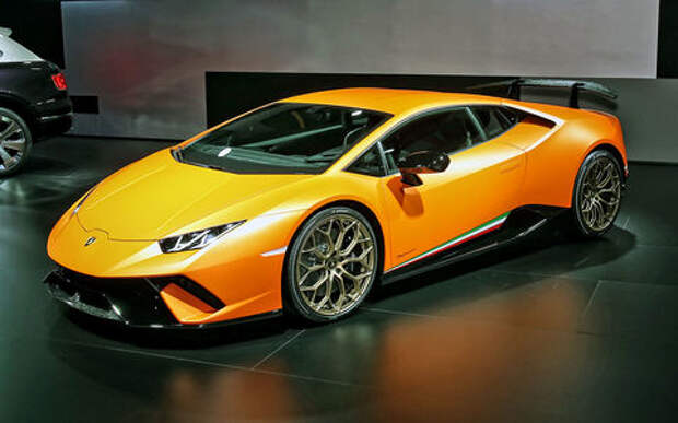Тайны чемпиона: Lamborghini представила суперкар Huracan Performante