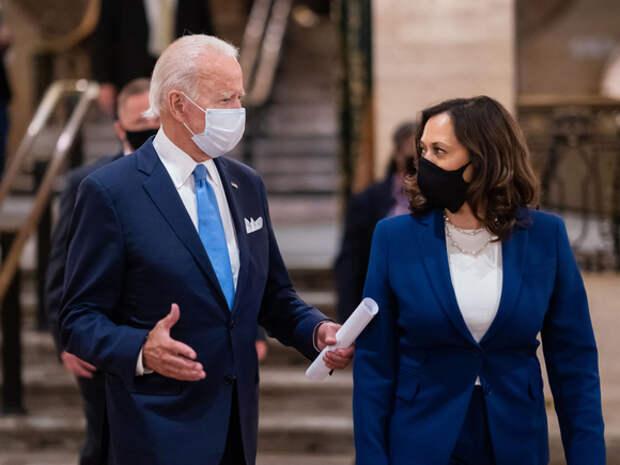 Байден с женой в 2020 году заработали втрое меньше, чем семья вице-президента Харрис