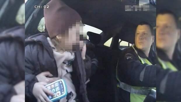 «Плакала извала родителей»: В Приморье сотрудники ДПС нашли и вернули ребенка