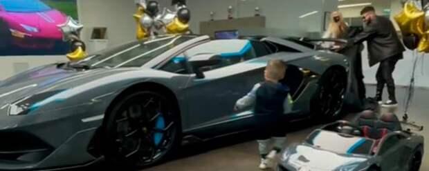 Тимати купил спорткар за 20 миллионов рублей и вызвал споры в Сети