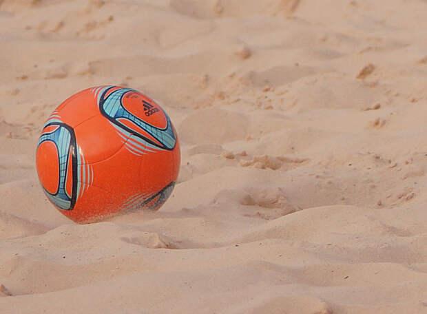Василий Березуцкий перевел вратарю сборной России по пляжному футболу 3 млн рублей на лечение ноги