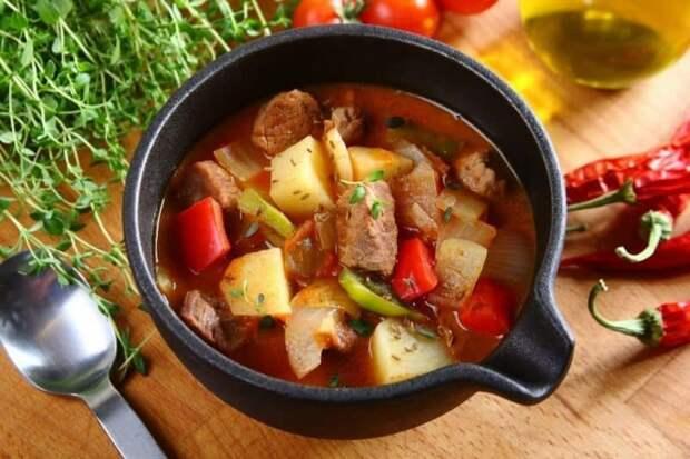 Венгерский бограч. Любители специй оценят это блюдо по достоинству 2