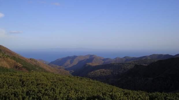 Сахалинские власти усилили защиту уникальных природных объектов на Кунашире