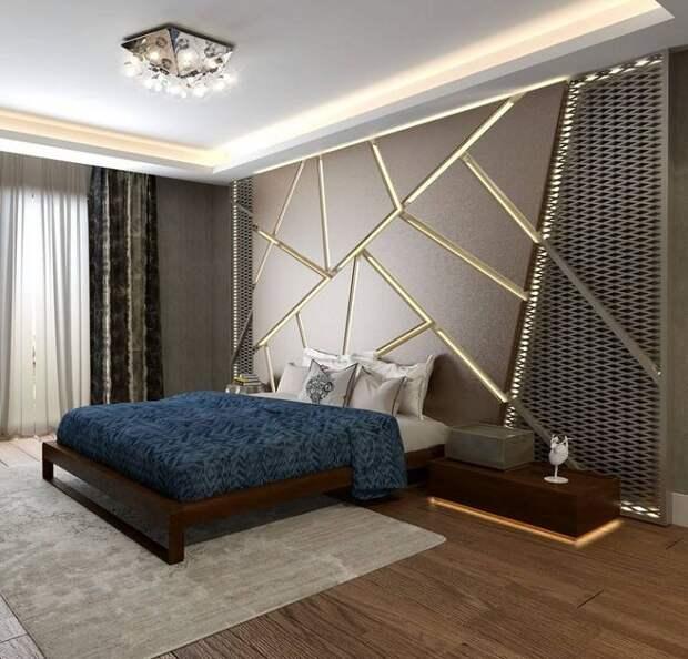 Спальня преображена благодаря крутой кровати на деревянной платформе, что позволяет создать красивый интерьер.