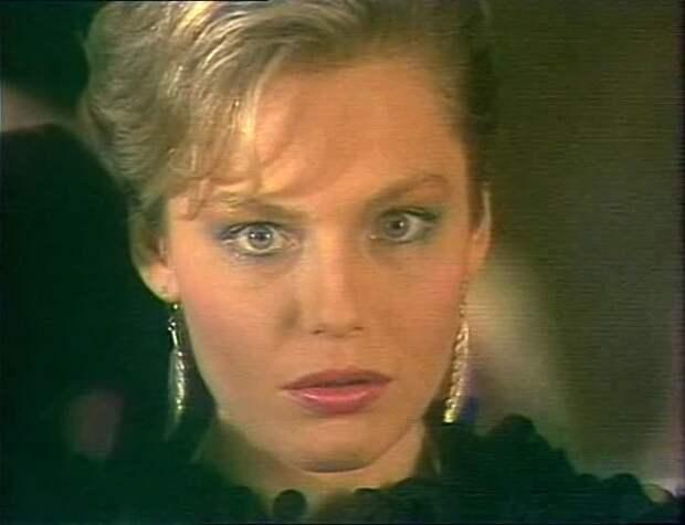 Ирина Понаровская в фильме *Золотая рыбка*, 1985 | Фото: kino-teatr.ru