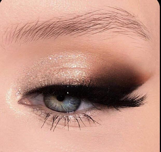 Макияж глаз. Модные оттенки осени, которые придают женщине свежесть и молодость