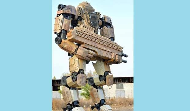 Огромных роботов-трансформеров заметили наДонбассе недалеко отРостовской области