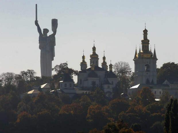 Киевский театр объявил бойкот русскому языку