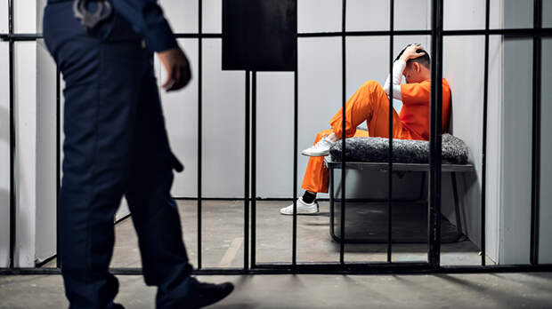Российского блогера осудили на 10 лет тюрьмы за ролик в Инстаграме. А Россия боится