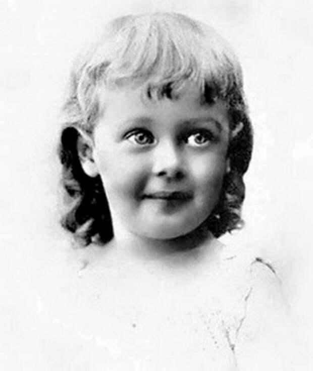 Loretta_Young_1917 (300x356, 25Kb)