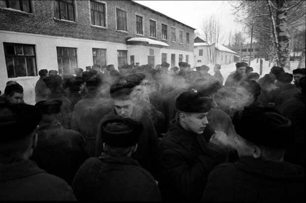 zhizn-pojmannaya-vrasploh-snimki-legendarnogo-sovetskogo-fotozhurnalista-quibbll-39