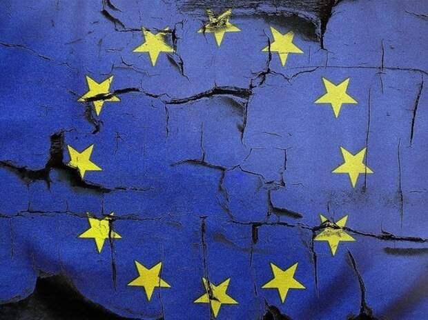 Глава Евросовета заявил, что перечень недружественных стран РФ подрывает отношения