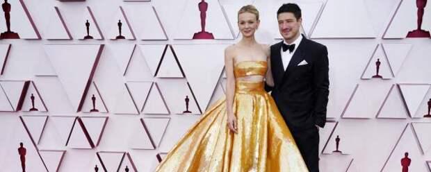 Муж Кэри Маллиган забрал домой с премии «Оскар» абажур от лампы