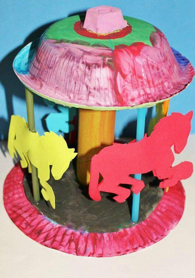 В своей тарелке: 50 крутых идей для детского творчества