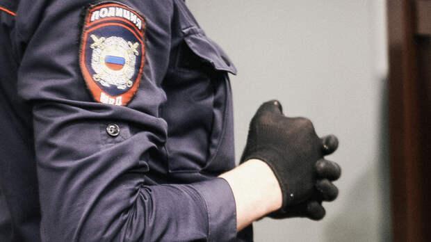 Перепутал: ростовский полицейский брал взятки вместо борьбы скоррупцией