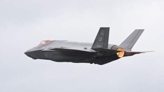 Генерал Попов: Россия может положить конец дерзким маневрам ВВС НАТО у своих границ
