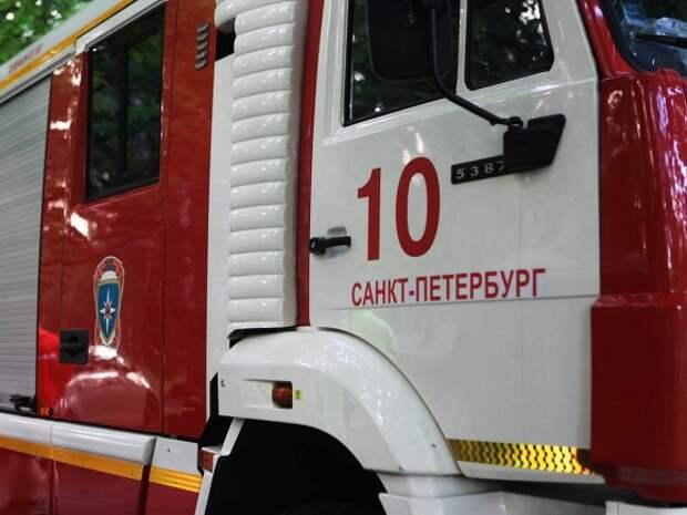 Пожар вспыхнул в здании исторического факультета СПбГУ