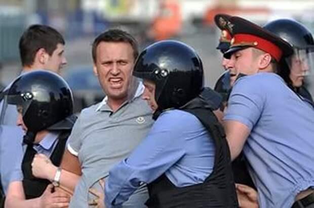 """Взгляд с небольшой высоты времени на несостоявшееся """"правительство"""" России"""