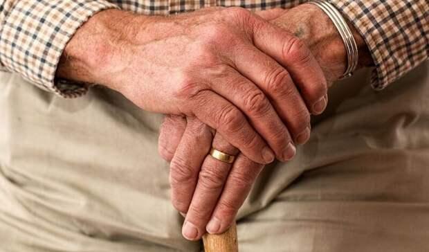 Коронавирус отнял жизни у двух пенсионеров в Ростовской области