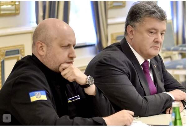 Порошенко, Парубий и Турчинов избавились от Крыма и Донбасса ради власти – Азаров