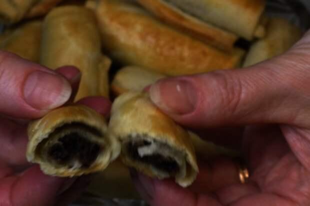 """Печенье """"сигаретки"""" с орехово-черносливной начинкой: фото шаг 5"""