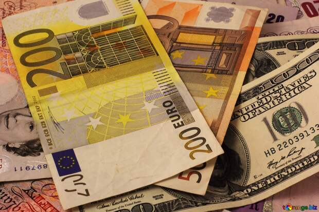 Официальные рыночные курсы инвалют на 19-21 июня установил Нацбанк Казахстана