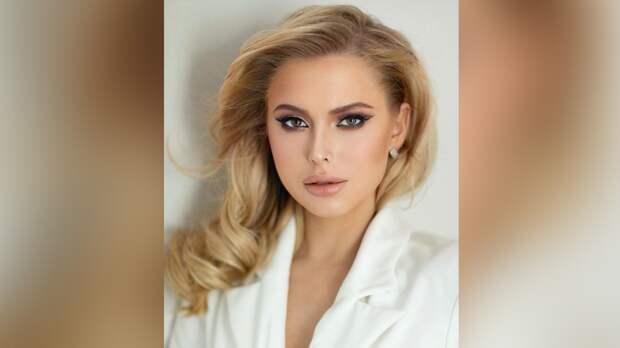 Участница «Голоса» Саша Круглова представила новую песню в честь Дня Победы