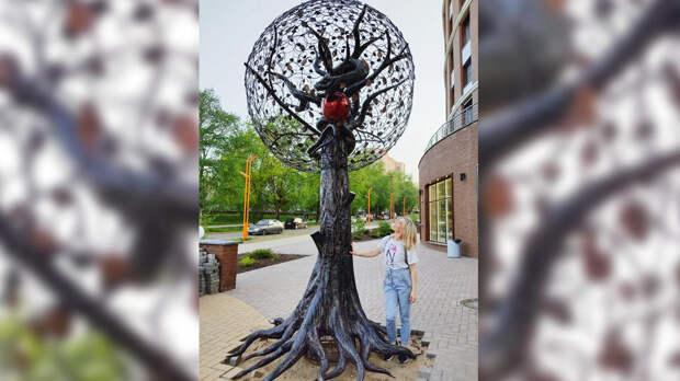 В Кирове установили памятник сатане