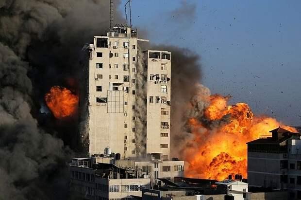 Израиль нанёс ракетный удар по высотке в секторе Газа