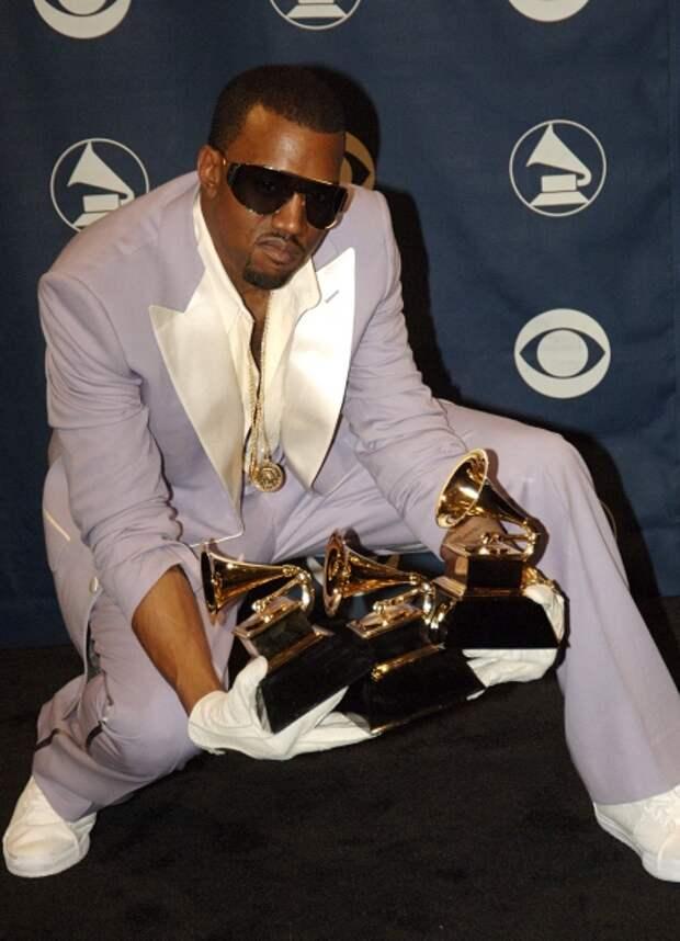 Канье на церемонии вручения премии Grammy в 2006 году