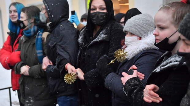 Почему наши дети, как зомби, идут за Навальным?