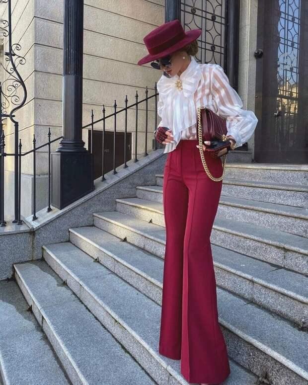 Блузы с бантами: советы, как носить такую сложную вещь и не выглядеть «злой училкой»