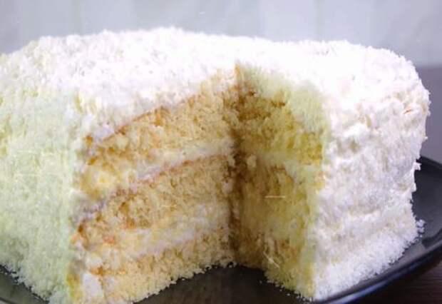 Рецепт нежнейшего торта на скорую руку «Рафаэлло». Настоящее наслаждение!