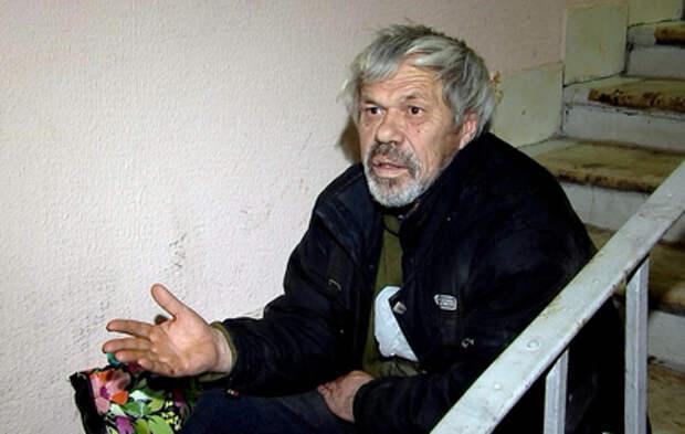 Родственники выгнали из квартиры пожилого москвича