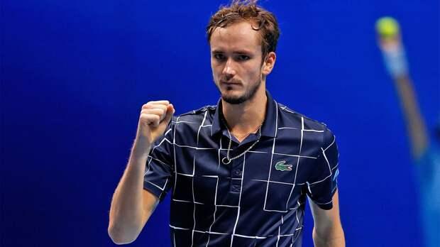Русский теннисист разгромил лучшего в мире на главном турнире сезона