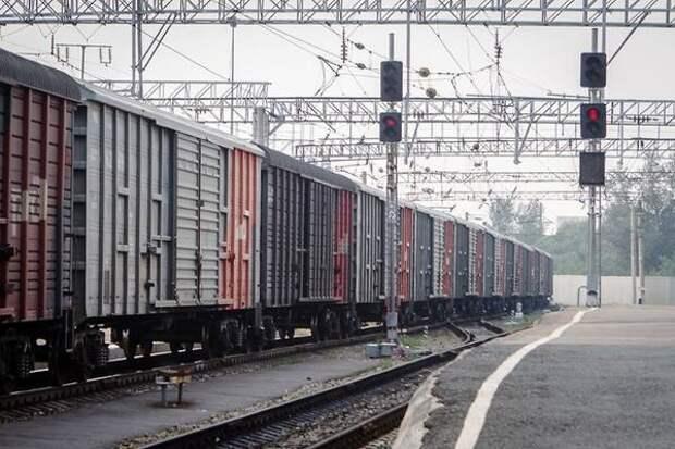 Тележка грузового вагона сошла с рельсов ЗабЖД в Амурской области, движение не нарушено