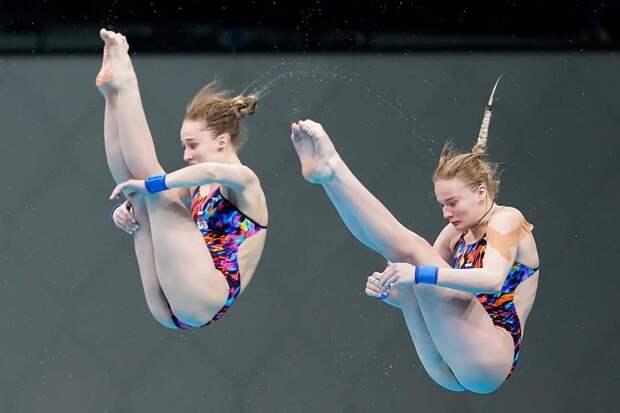Беляева и Тимошинина завоевали золото ЧЕ в синхронных прыжках в воду с вышки
