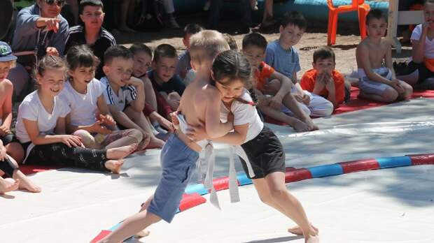 В Гаспре соревновались юные сумоисты. На турнире по сумо «Победа»