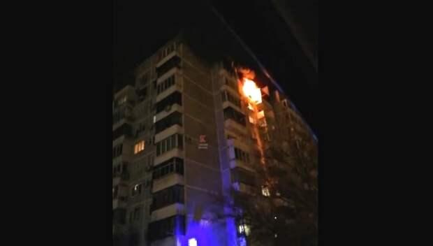 В Краснодаре при пожаре в многоэтажке пострадали три человека
