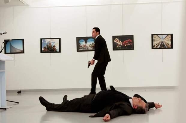 Убийство Андрея Карлова