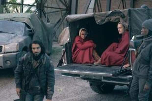 The Handmaid's Tale Recap: June and Janine Make It to Chicago!