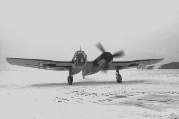 Боевые самолеты. Прекрасен до ужаса и наоборот