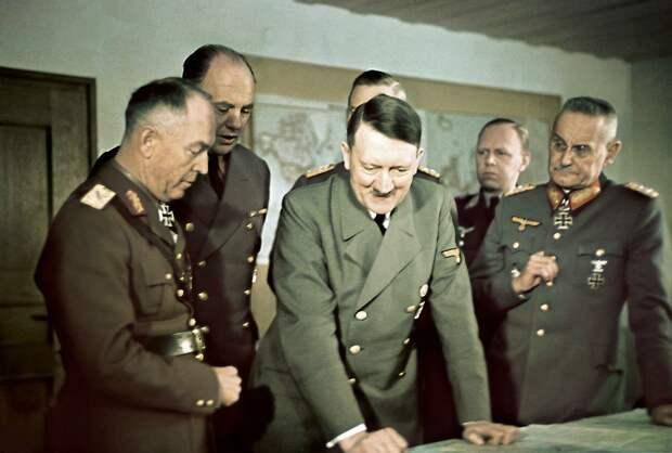 Что говорили Гитлеру о вторжении в СССР его генералы. Ему лично и за глаза