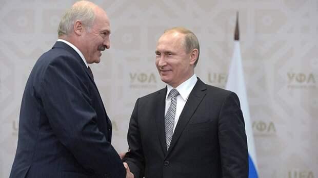 В Сети появился снимок президентов России и Белоруссии во время водной прогулки