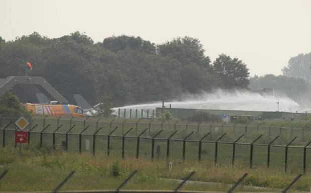 В Нидерландах бельгийский истребитель пошел на таран здания