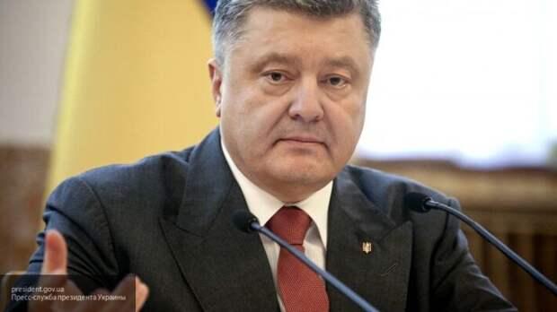 Кортеж Порошенко безнаказанно рассекает по Киеву со скоростью 130 км/ч